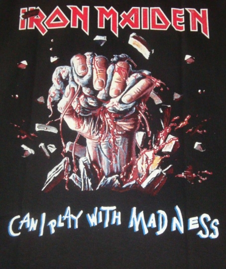 IRON MAIDEN – Can I Play Espalda